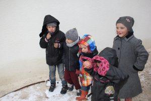 أهالي حلب من الحرب إلى الثلج