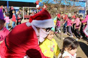 نشاط ترفيهي للأطفال في مدينة القامشلي بمناسبة العام الجديد