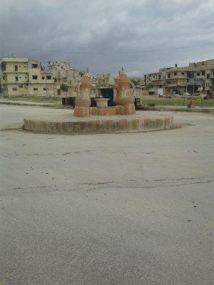 ساحة الدلة في مدينة معرة النعمان حيث تكثر حوادث القتل والخطف تصوير دارين حسن