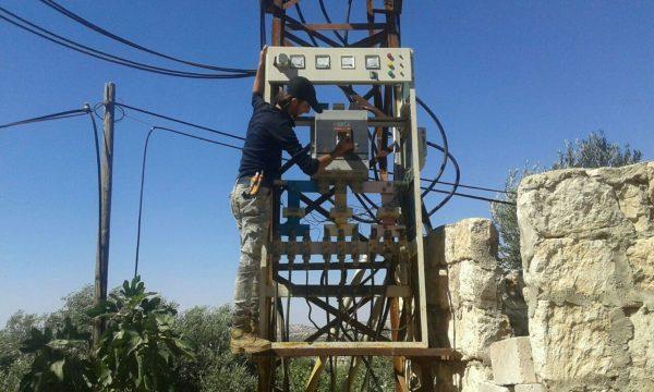 الكهرباء تعود إلى كفرنبل خاص حكايات سوريا