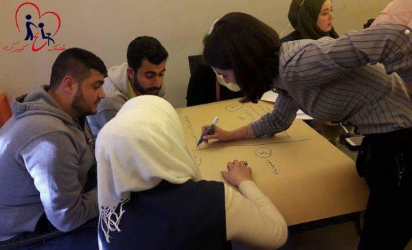 ورشة تدريبية للتعامل مع كبار السن - تصوير ندى الخليلفي سوريا