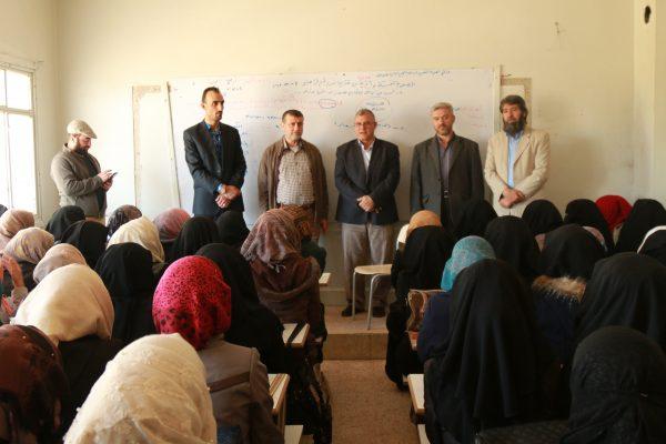 مسؤولو جامعة حلب يبلغون الطلاب بموضوع الاتفاق مع الجامعة الأميركية تصوير أحمد عكلة
